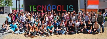 Tornquist – Unos 200 jóvenes del distrito, viajaron hoy sábado a Tecnópolis