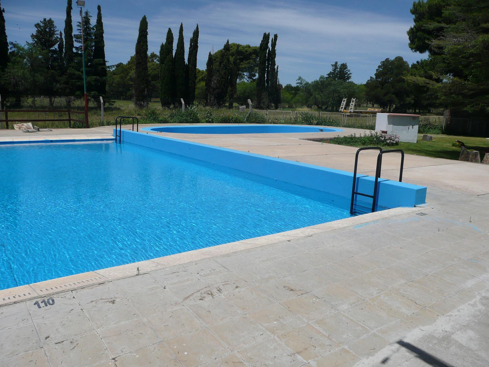 Tornquist arrancan el lunes pr ximo las clases for Clases de piscina para ninos