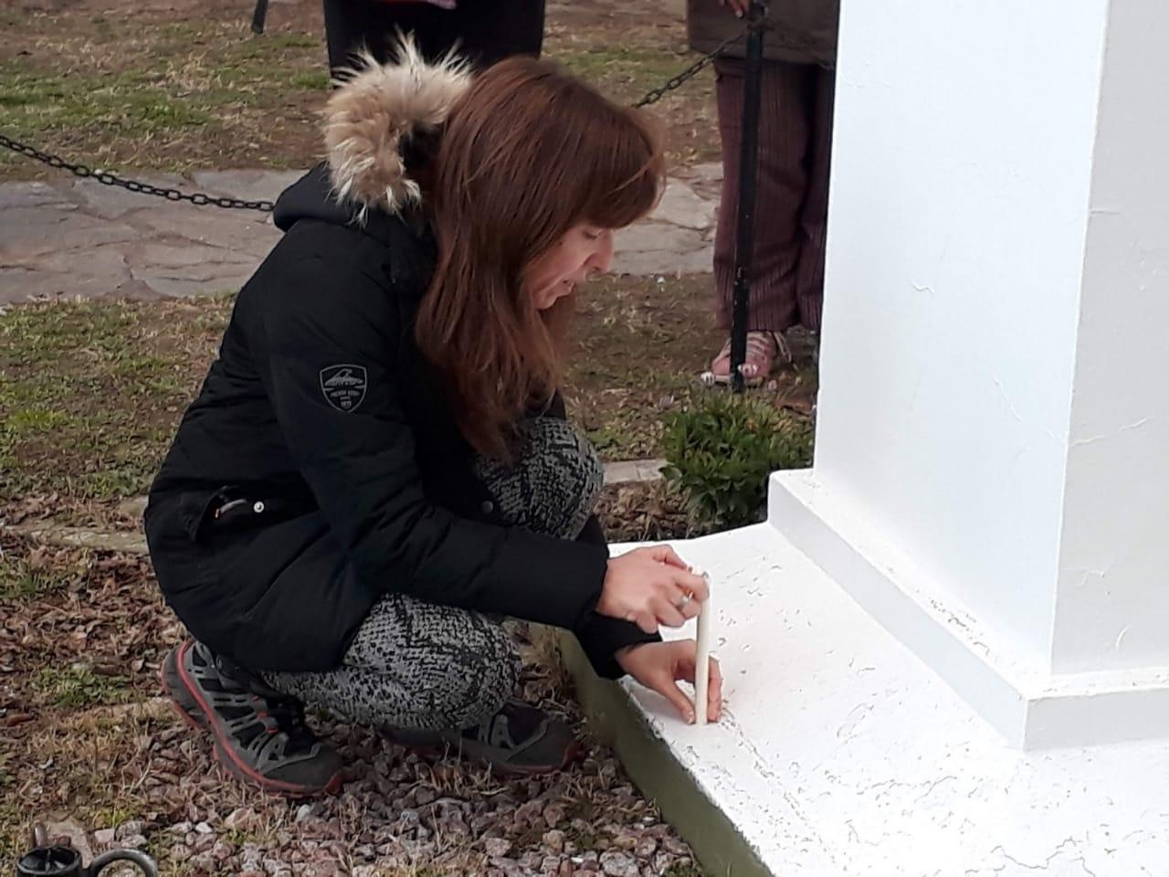 Tornquist – Docentes locales se adhirieron al homenaje por el triste episodio de Moreno