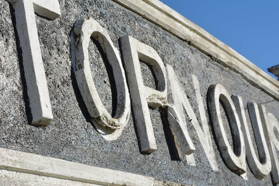 Carta al lector; «De Comodoro Py a Tornquist»