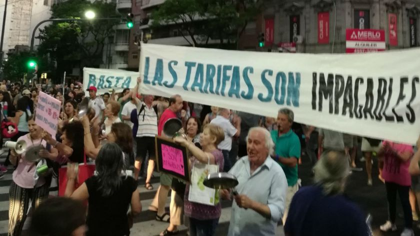 Defensor bonaerense e intendentes opositores presentan un amparo contra la suba de tarifas