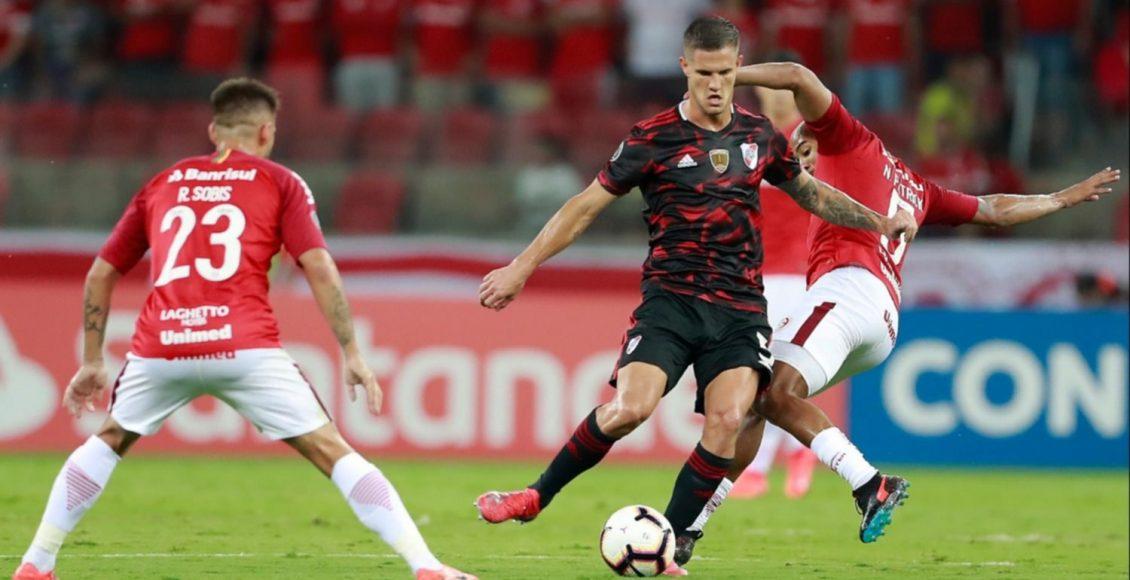 River remontó dos goles de desventaja y rescató un punto en Brasil
