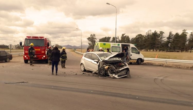 Tornquist – Accidente vial sin lesionados en el acceso por ruta 33