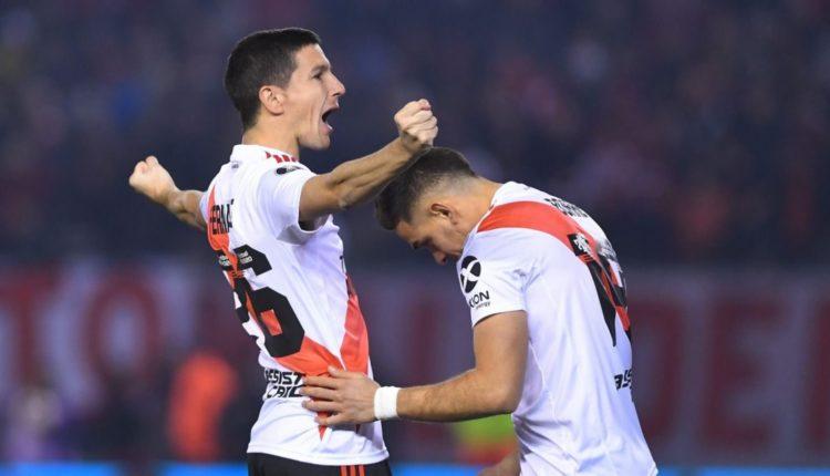 River le ganó 2-0 a Cerro Porteño y dio un gran paso a semis