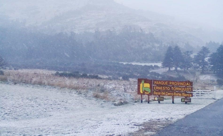 Comarca Serrana – Sorpresivamente llegó la nieve a varias localidades!