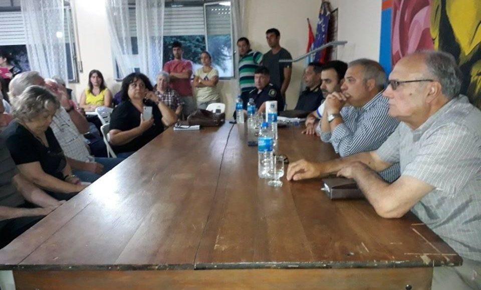 Saldungaray – Ayer se reunieron autoridades y vecinos por los hechos de vandalismo