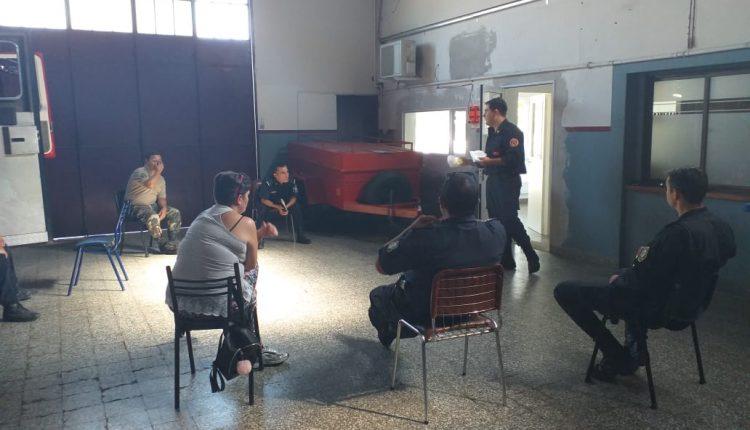 Tornquist – Los Bomberos Voluntarios se reunieron con la policía comunal