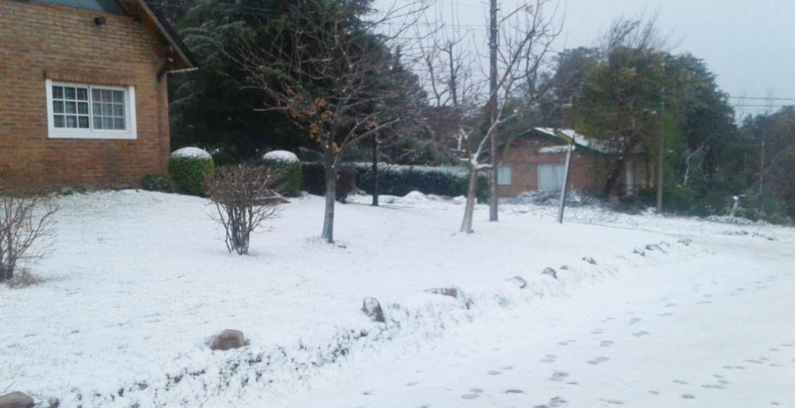 Villa Ventana – La nieve se instaló en la villa turística