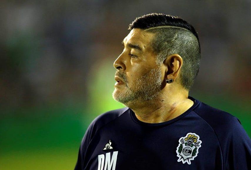 Fue exitosa la intervención quirúrgica de Diego Armando Maradona