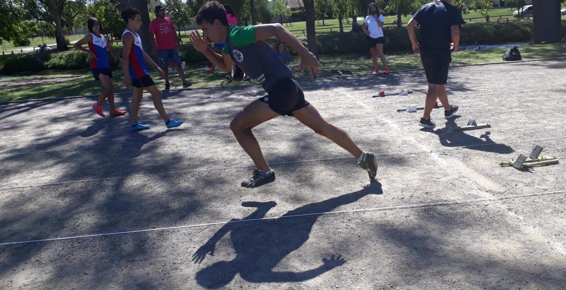 Atletas de nuestro distrito, participaron del Torneo de Atletismo en Azul