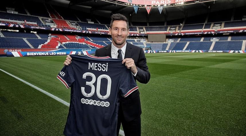 La camiseta de Messi se agotó en la venta online y programan entregas para Septiembre