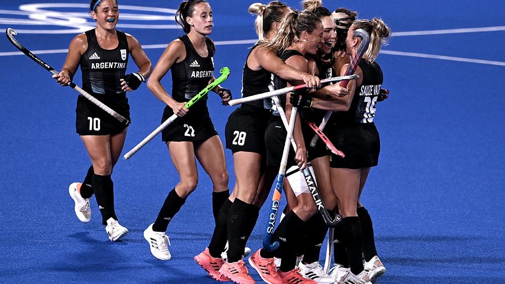 Las Leonas vencieron a India y ahora esperan a Países Bajos en la final por el oro!