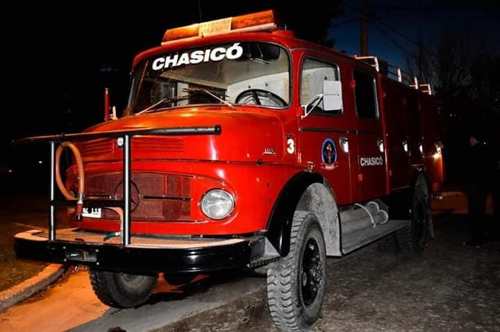 Chasicó – Los voluntarios de la localidad incorporan una nueva autobomba