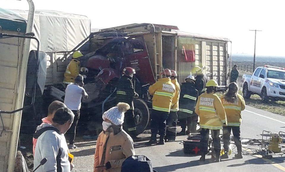 Ruta 33 – Accidente de camiones en el kilómetro 77