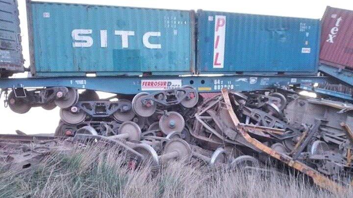 Descarrilaron 20 vagones de un tren que iba a Bahía Blanca desde Neuquén