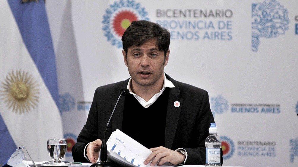 Kicillof anunció un salario inicial de bolsillo de 44 mil pesos para policías bonaerenses
