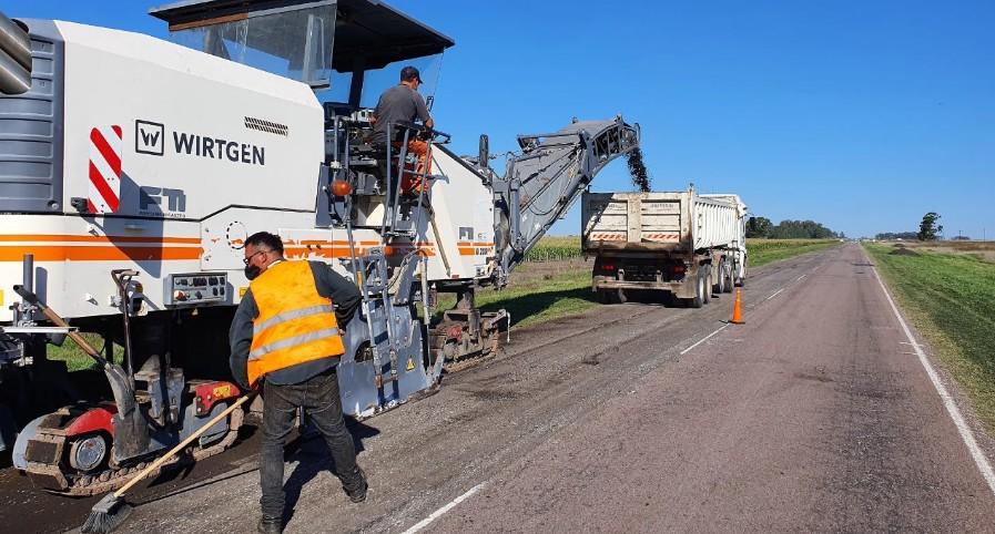 Ruta 33 – Continúan los trabajos de repavimentación entre Espartillar y Trenque Lauquen