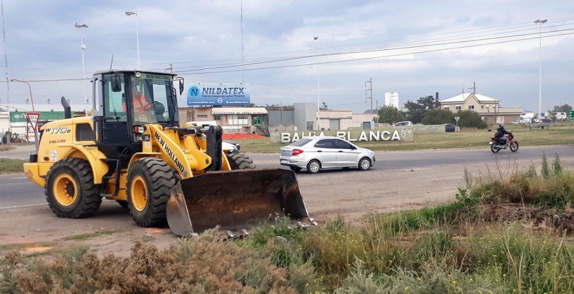 Vialidad Nacional realizó un operativo de mantenimiento entre Loma Paraguaya y Charlone