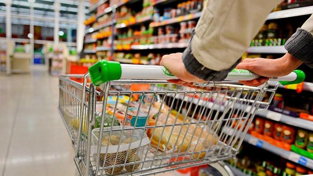 El Gobierno lanzó «Súper Cerca» con 70 productos a precios congelados hasta fin de año